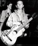 Woody -  This machine kills fascists